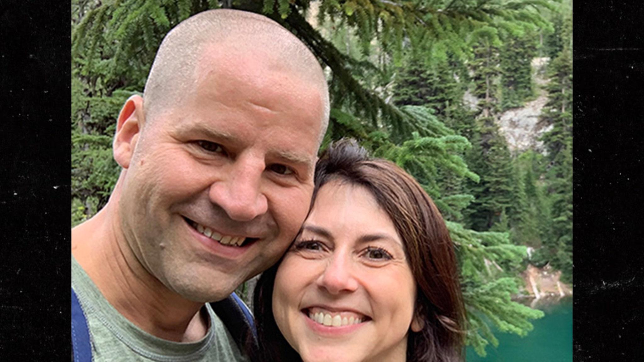 Бывшая Маккензи Скотт Джеффа Безоса снова женится, он учитель в детской школе