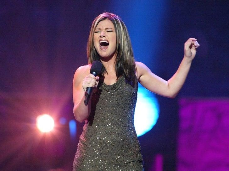 Kelly Clarkson on 'American Idol'