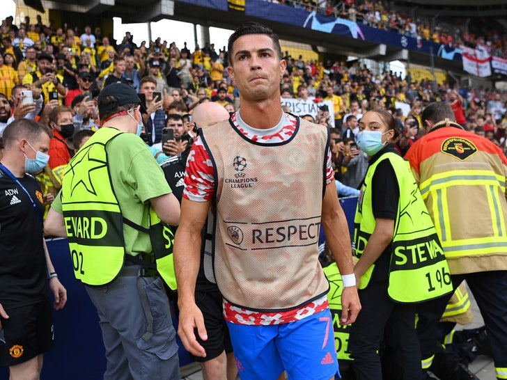 Cristiano Ronaldo security guard lies injured