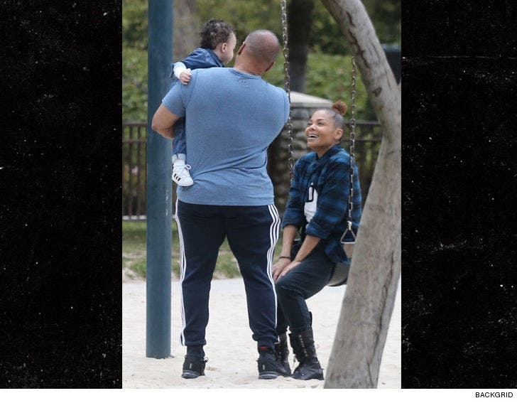 With Eissa Spends Day Janet Jackson Mother