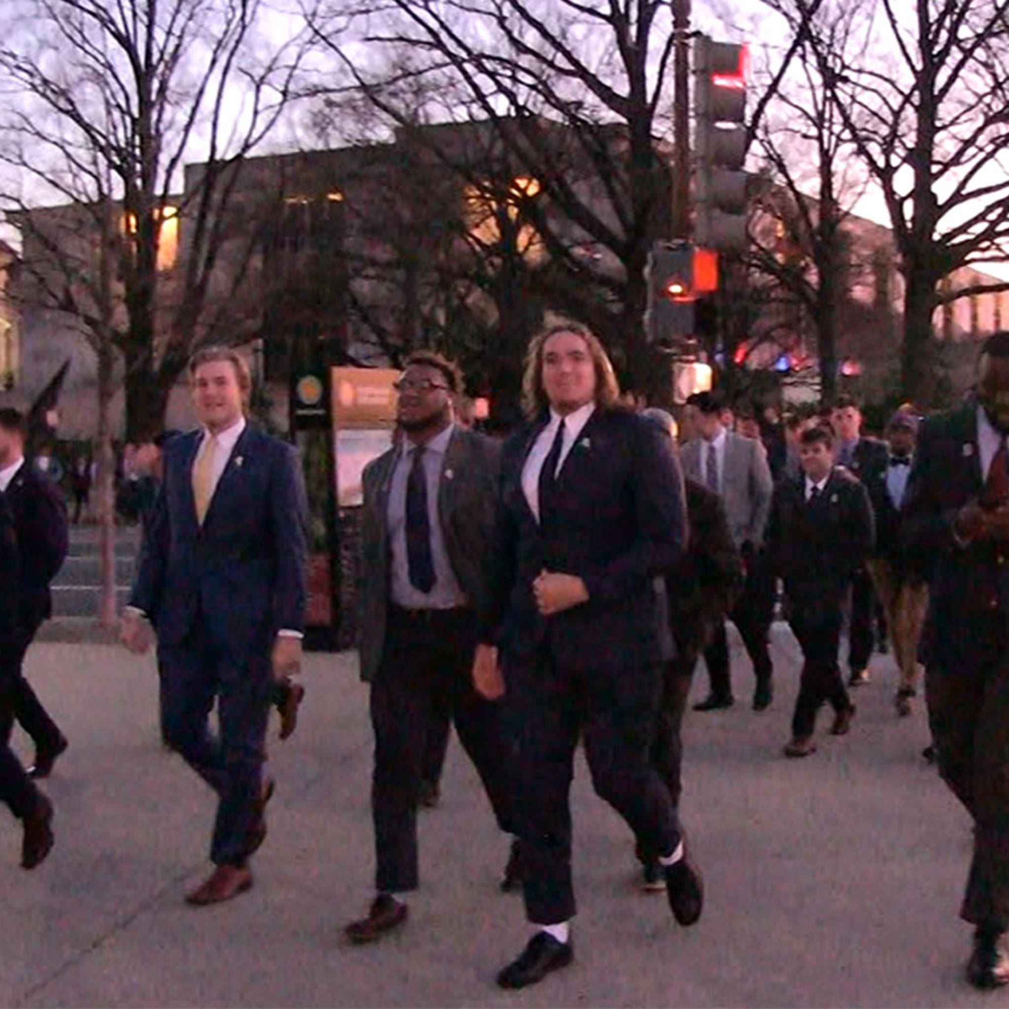 LSU Football Visits African-American History Museum Before White House
