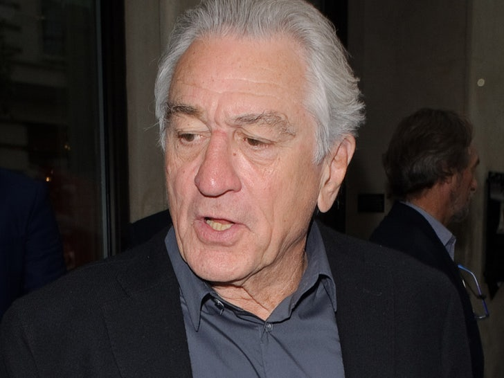Robert De Niro Injures Leg While on Location for 'Killers of the Flower Moon'.jpg