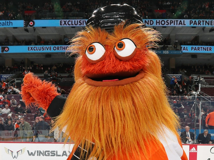 Free Gritty: Flyers mascot cleared of assault allegation