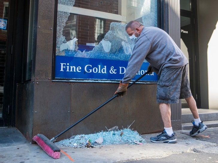 U.S. Cities Clean Up After Rioters