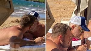 Colton Underwood's PDA with New Boyfriend in Hawaii