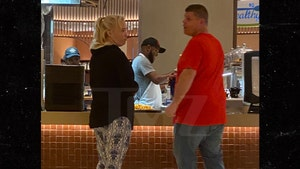 Mama June and Boyfriend Geno Hangin' at Hotel Eating Fries