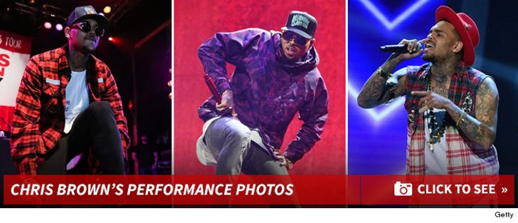 Chris Brown's Performance Photos