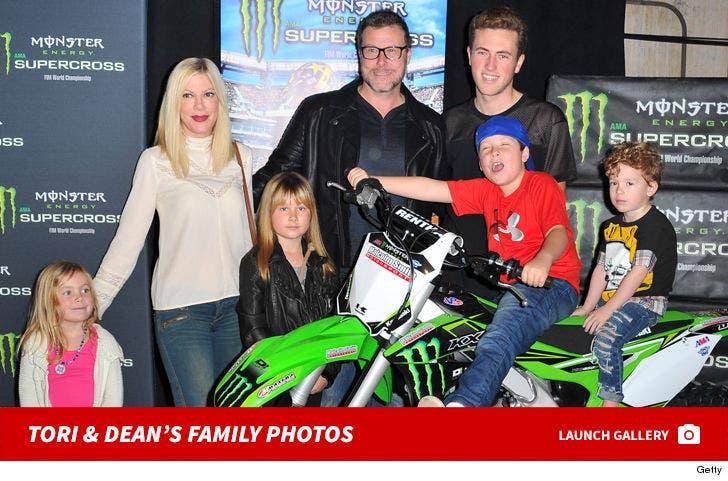 Tori Spelling and Dean McDermott's Family Photos