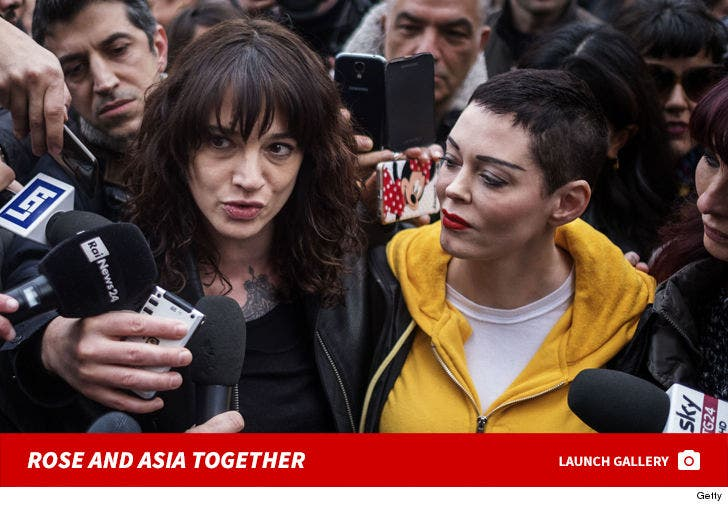 Rose McGowan And Asia Argento Together