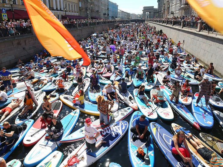 Paddleboarding Festival in Russia Draws Thousands
