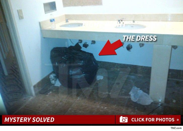 Lupita Nyong'o -- Dress Found!
