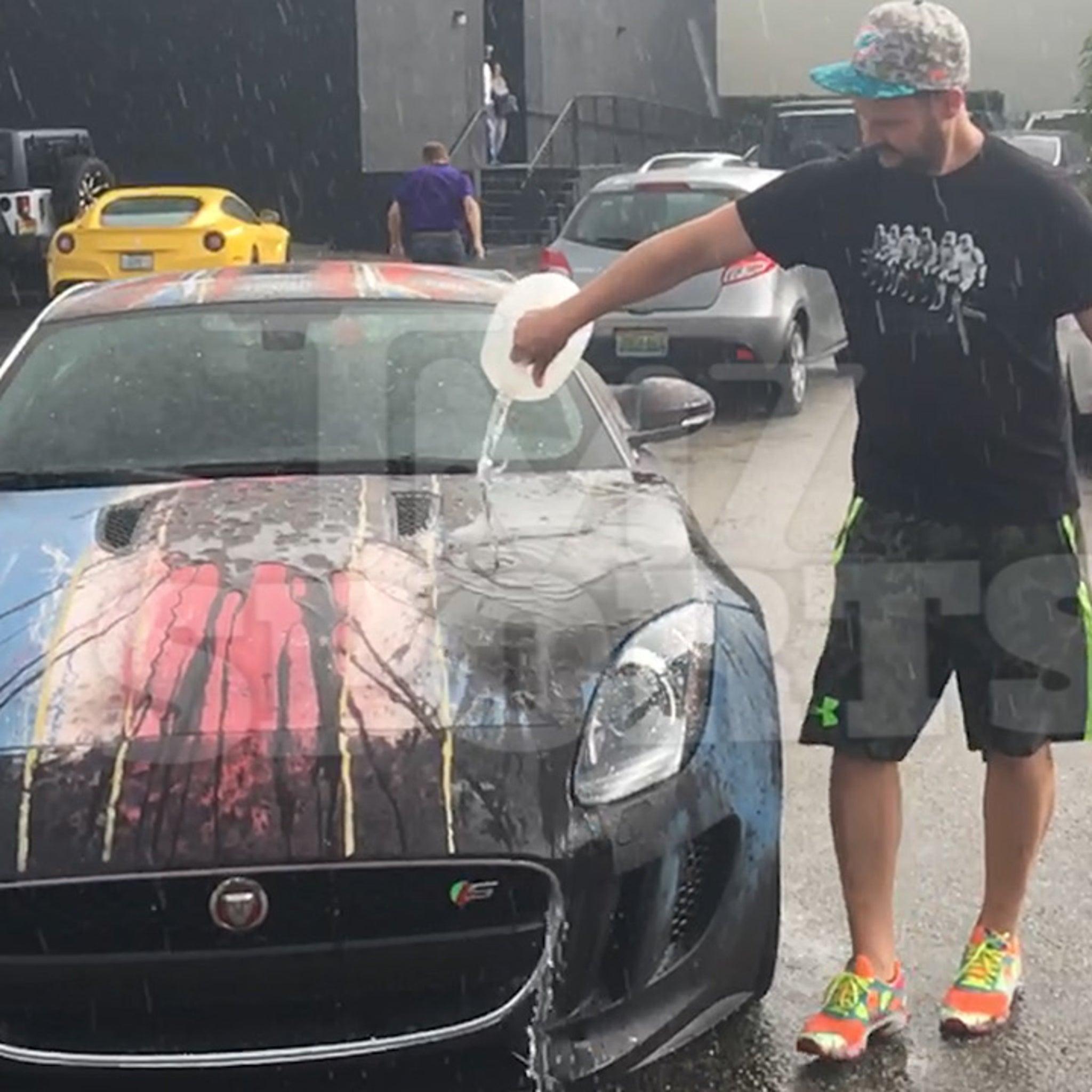 Alexei Ramirez: I Spent $25k     To Make My Car A Chameleon