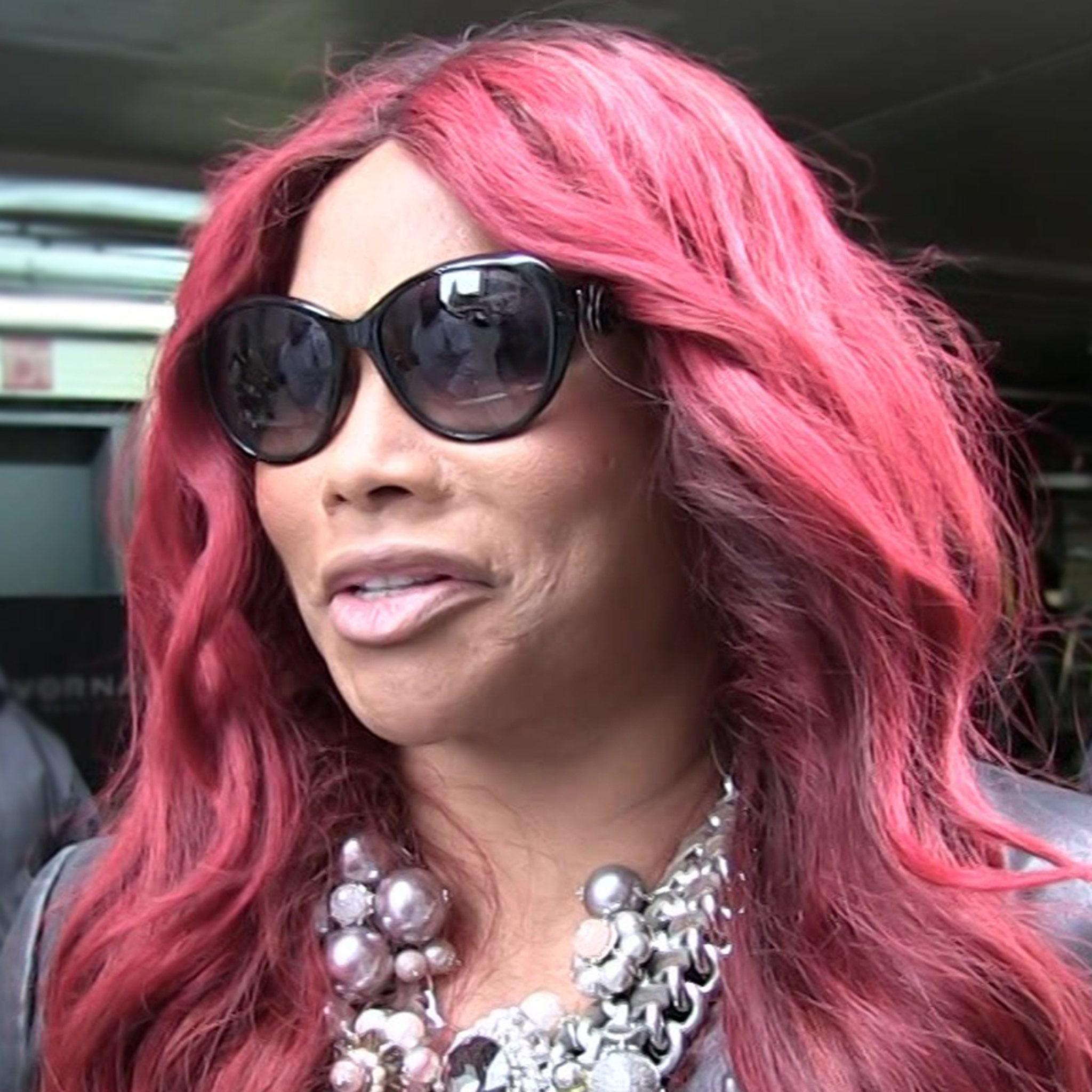 Sandra nackt Denton Pepa Lawsuits: Pepa