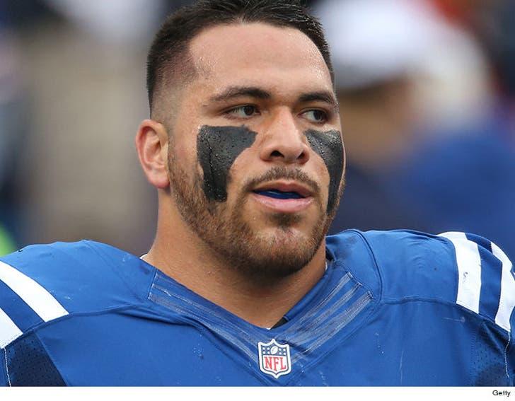 check out b08a2 23e8e NFL's David Parry Cussed Out Cops During Arrest ... 'F**gots ...