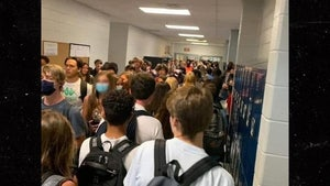 Georgia School Kids Pack Hallway Without Masks on First Day Back