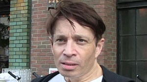 Chris Kattan Booted from Flight for Refusing to Wear Mask