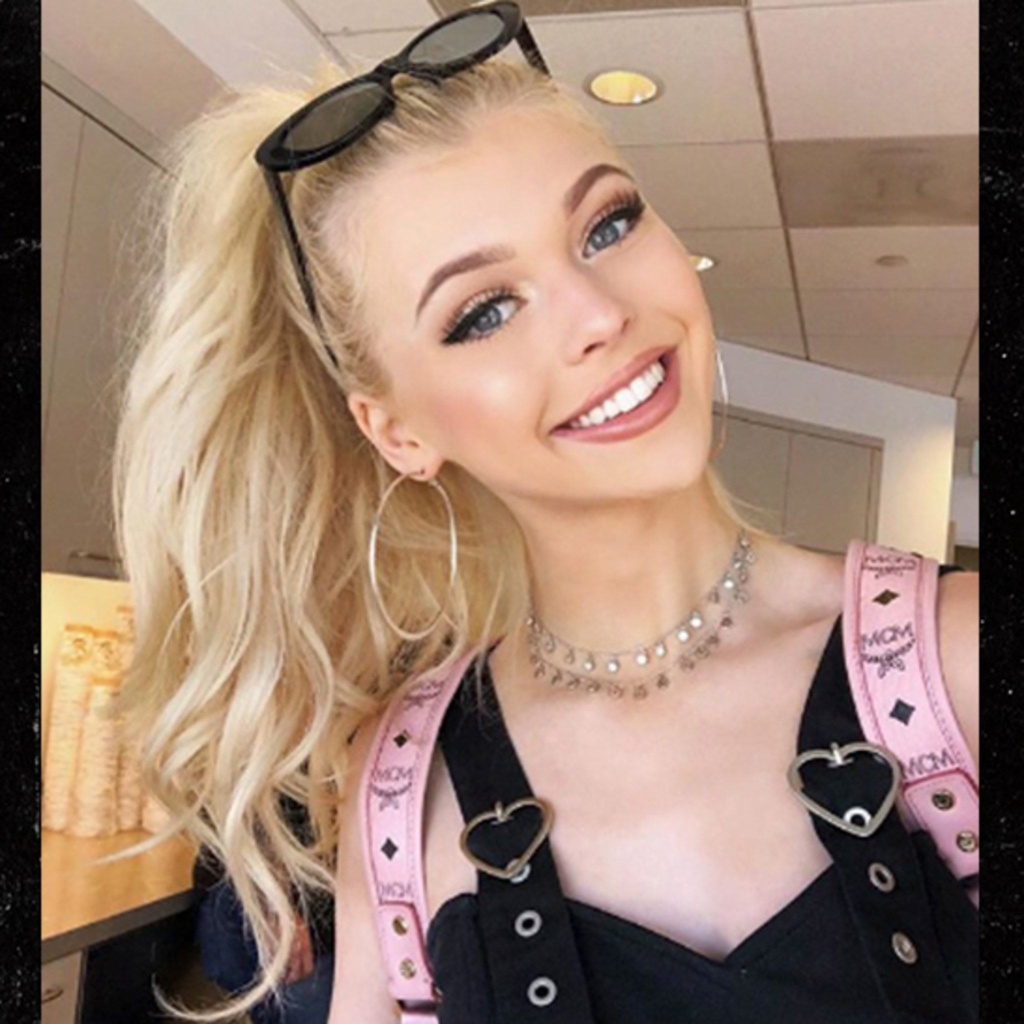 Youtube Star Loren Gray S Capitol Records Deal Pays Her Big Time