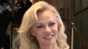 Pamela Anderson Marries Her Bodyguard, Fell In Love in Lockdown