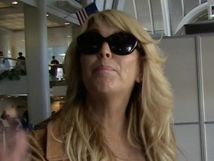 Dina Lohan Pleads Guilty in DWI Case, Gets 18 Days in Jail.jpg