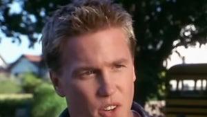 Greg in 'Scary Movie' 'Memba Him?!