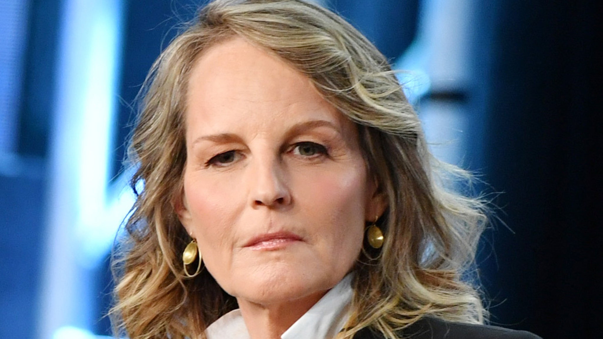 Helen Hunt Sues L.A. Limo Company After Crash Hospitalized Her thumbnail