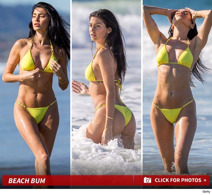 Nicole William's Sexy Beach Shots