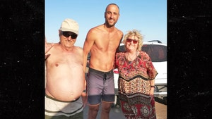 Manu Ginobili Saves Woman Who Fell On Sand Dune in Argentina