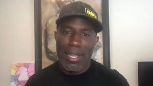 Terrell Davis Says Julian Edelman's a Hall Of Famer, It's About Impact, Not Stats!