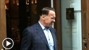Arnold Schwarzenegger's New Haircut -- It's a Total HIT ... Ler