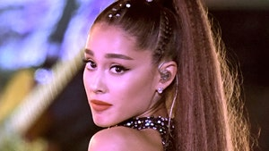 Ariana Grande Says I Won't Get Ripped Off By Photographers