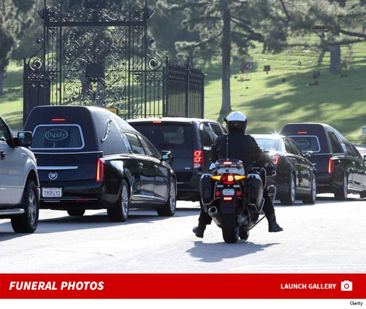 Carrie and Debbie's Funeral Photos