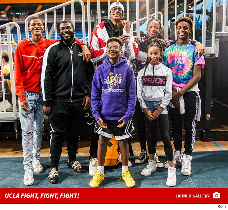 Shareef O'Neal Hangs With LeBron James Jr. At UCLA Game, Recruiting?