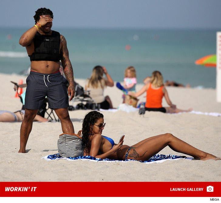Devonta Freeman -- Workin' It In Miami