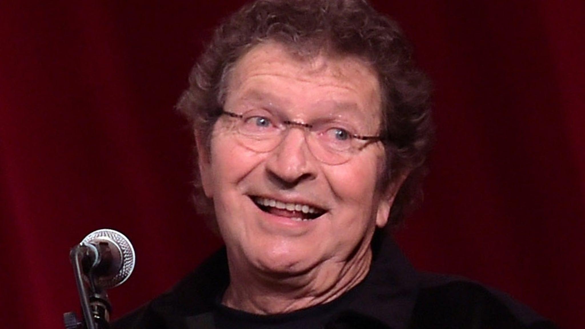 Mac Davis Country Music Star Dead at 78 ... Following Heart Surgery
