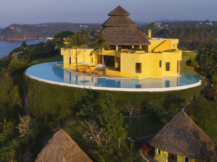 Kylie and Kendall's Vacation Villa In Mexico
