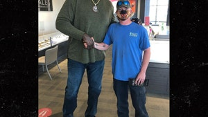 Shaq Pays Off Man's Engagement Ring Debt In Generous Act Caught On Video