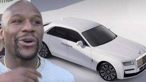 Floyd Mayweather Drops $1 Million On Cars for His Inner Circle, Rolls-Royce for Himself