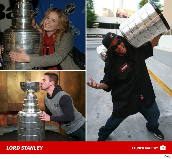 Stars Hangin' With the Stanley Cup