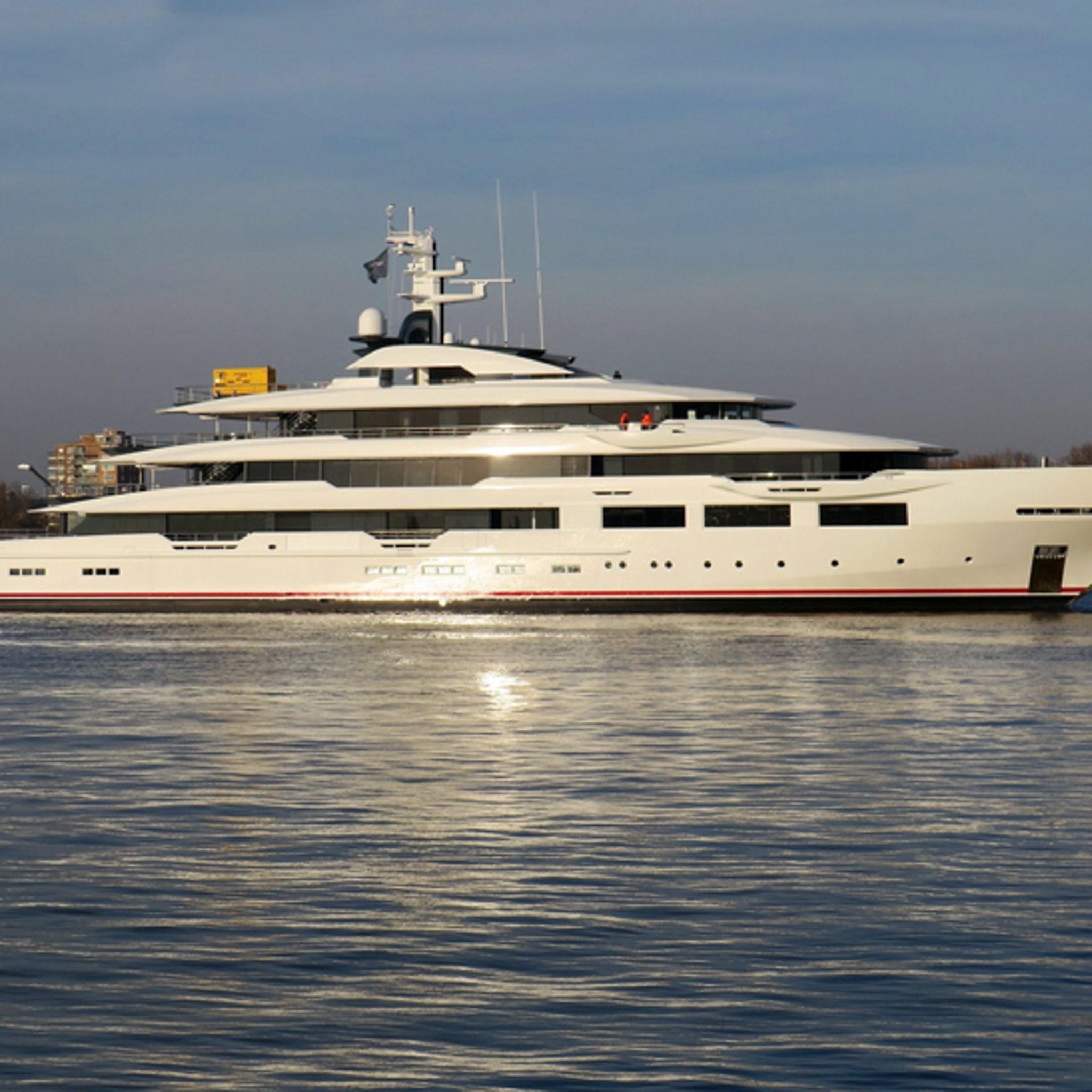 Falcons Owner Arthur Blank Buys $180 MILLION Superyacht