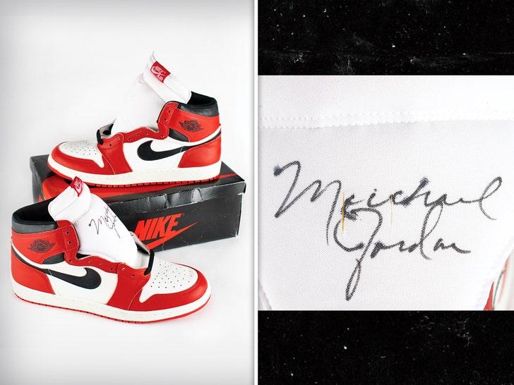 Michael Jordan's Signed 'Player Sample' AJ1's Up For Auction, Could Fetch $250k.jpg