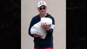 Howie Mandel Ventures Out with 'Do Not Disturb' Hat During Coronavirus Pandemic