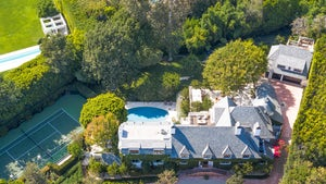 Ellen DeGeneres Unloading Bev Hills Mansion Purchased From Adam Levine