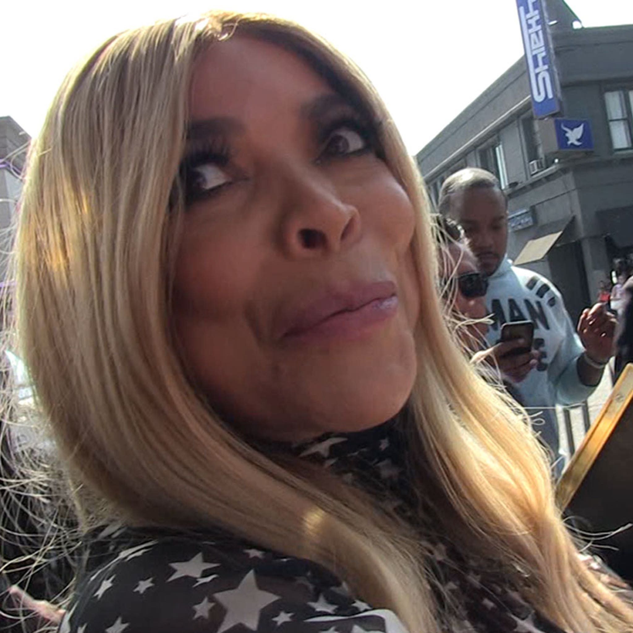 Wendy Williams Says Good Conversation, Money is The Way To Her Heart