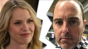'American Horror Story' Star Leslie Grossman's Husband Files for Divorce