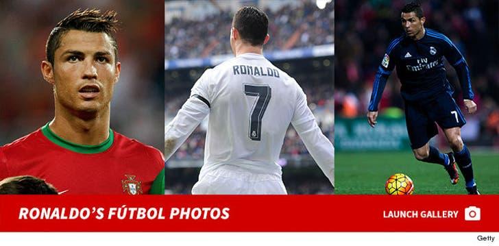 Cristiano Ronaldo's Fútbol Photos