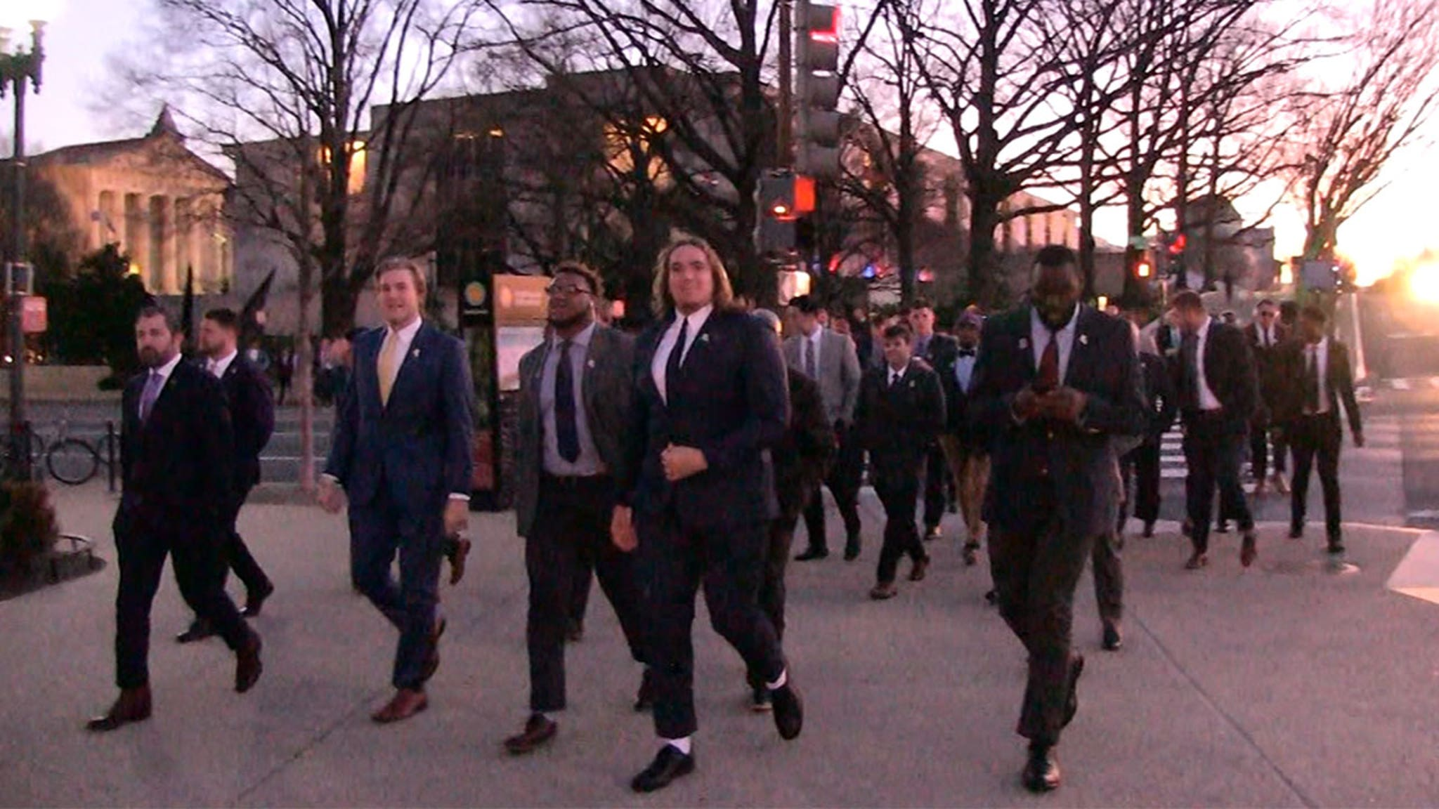 LSU Football Visits African American History Museum Before White House