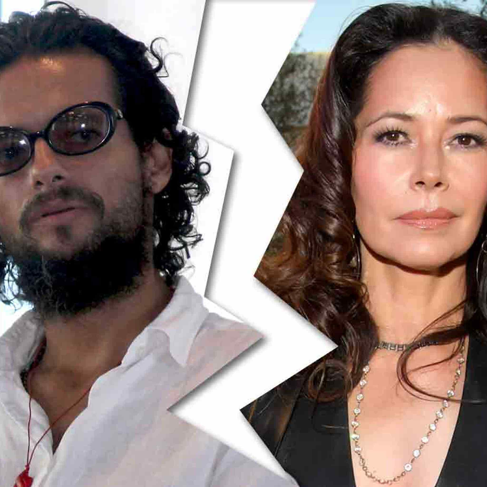 Ex-Menudo Heartthrob Robi Draco Rosa Files for Divorce