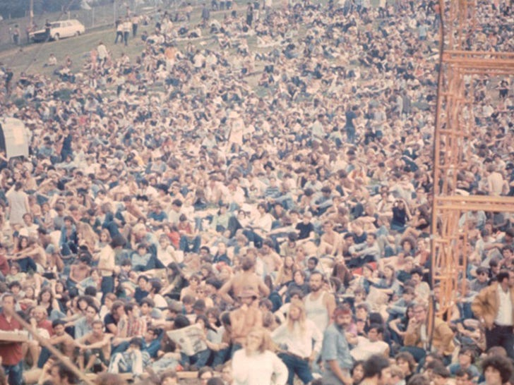 Rocking Photos From Woodstock Festival '69