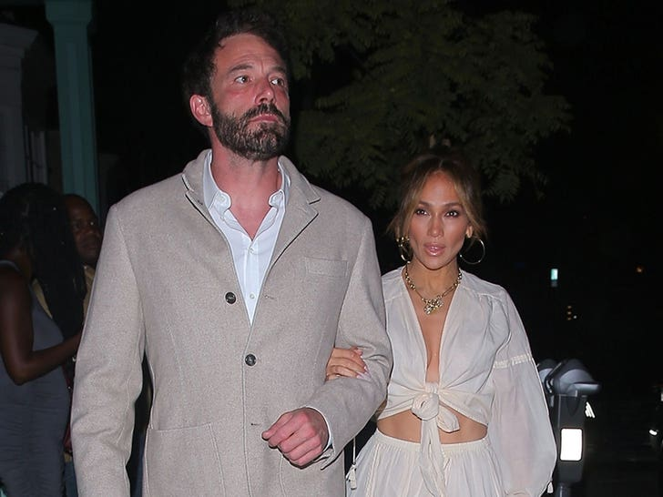 Ben Affleck and Jennifer Lopez Step Out For Dinner