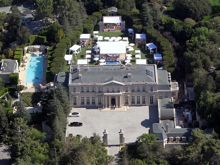 'The Beverly Hillbillies' mansion sells for $150 million, sets Calif. record